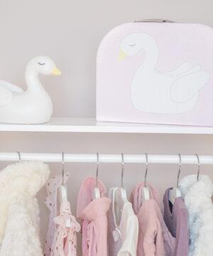 Miljobild nattlampa 300x360 - Wieszak na ubrania do pokoju dziecka