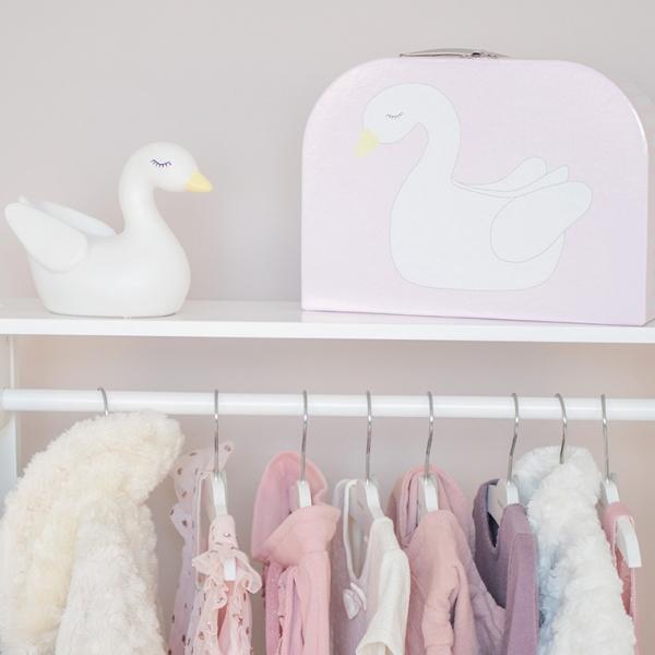Miljobild nattlampa 600x600 - Wieszak na ubrania do pokoju dziecka