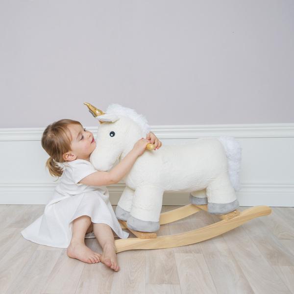 Photo Unicorn hug 600x600 - Jednorożec na biegunach