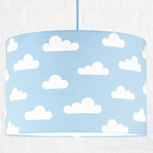Lampa sufitowa chmurki na błękitnym
