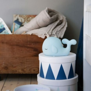 photo whale storage blue 1 300x300 - Lampka nocna dla dzieci wieloryb