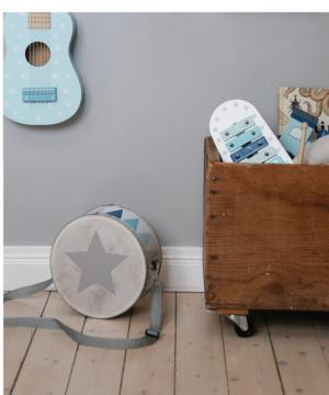 Photo Guitarr Drum 300x360 - Drewniany niebieski bębenek