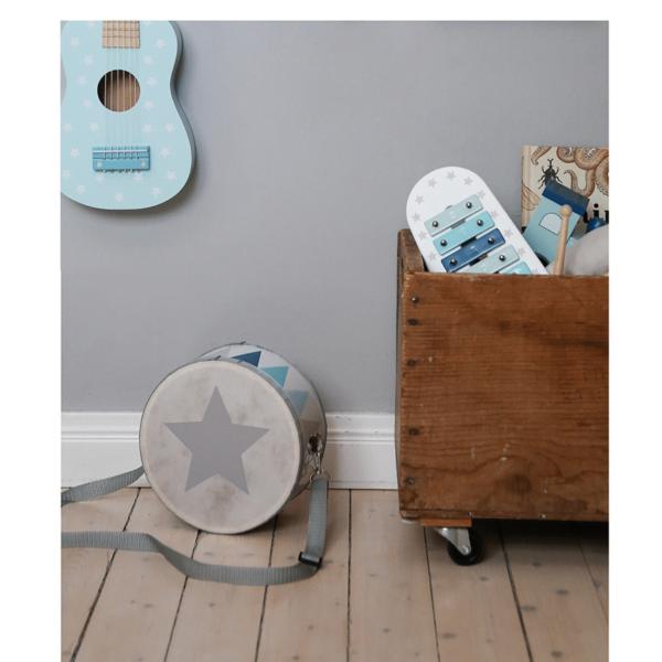 Photo Guitarr Drum 600x600 - Drewniany niebieski bębenek