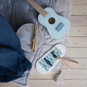Photo Music blue 300x300 - Drewniana niebieska gitara