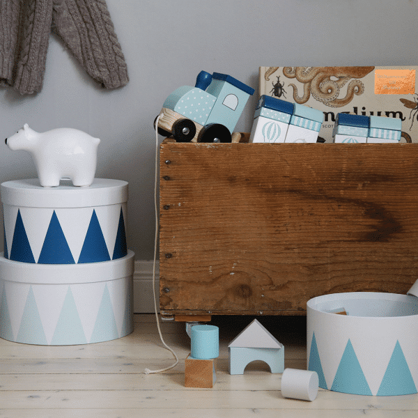 Photo Storage train blue 600x600 - Komplet 3 niebieskich pudełek