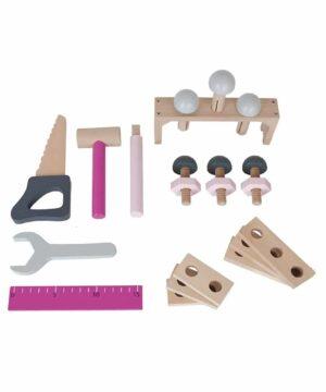 drewniana skrzynia z narzedziami 300x360 - Drewniana skrzynka z narzędziami różowa