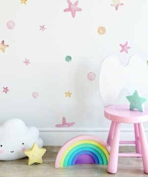 Naklejki na ścianę pastelowe gwiazdki i groszki