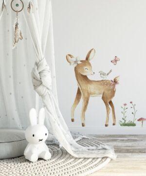 Naklejka na ścianę słodki jelonek