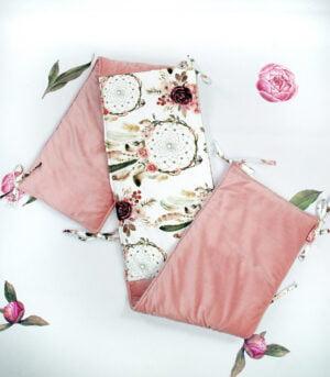 DSC07833 2 300x343 - Wyprawka dla niemowlaka różowa