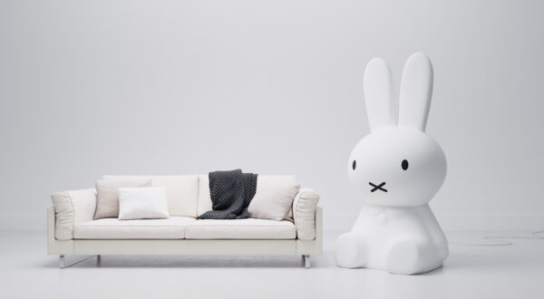 Miffy Icon couch setting wide image 600x330 - Lampa Miffy Icon Mr Maria