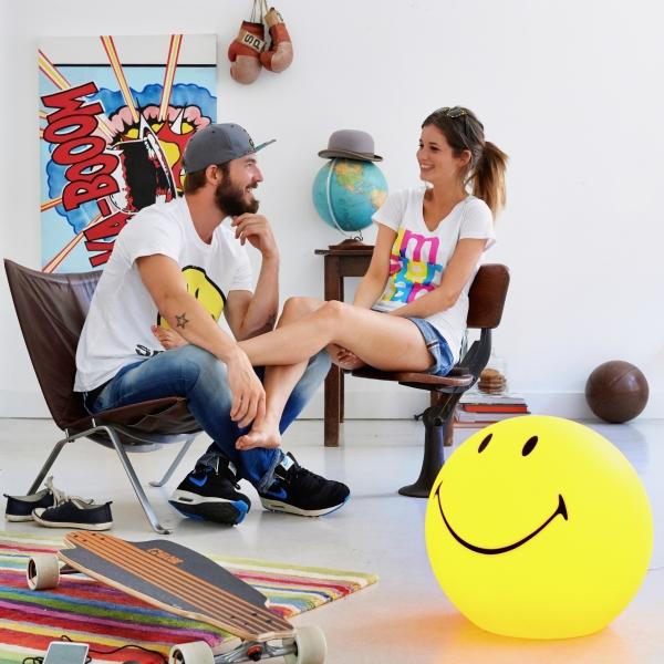 Smiley happy decor3d 600x600 - Lampa Smiley Mr Maria