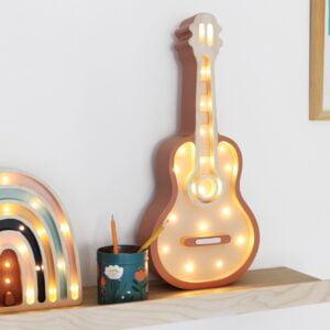 gitara1 300x300 - Lampa dla dzieci gitara z el. drewna