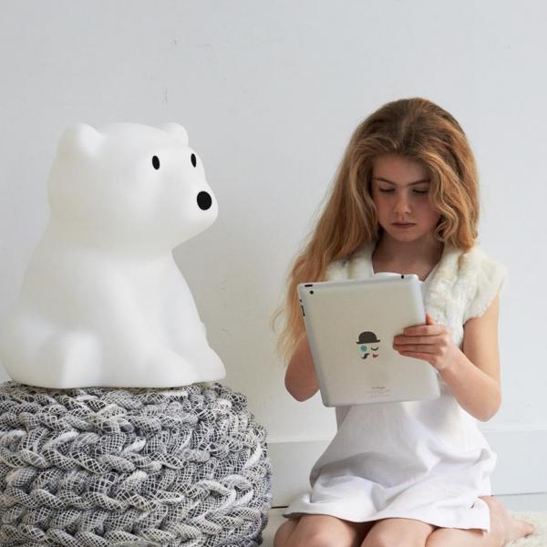 leila nanuk8 Copy 600x600 - Lampa dla dzieci miś polarny