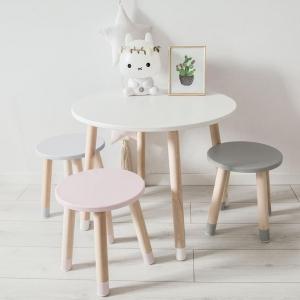 Stoliczek do pokoju dziecka