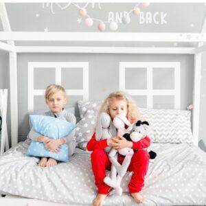 naklejki na ścianę okna do domku do pokoju dziecka