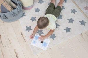 C VS NVB 11 300x200 - Dywan dziecięcy niebieskie gwiazdki