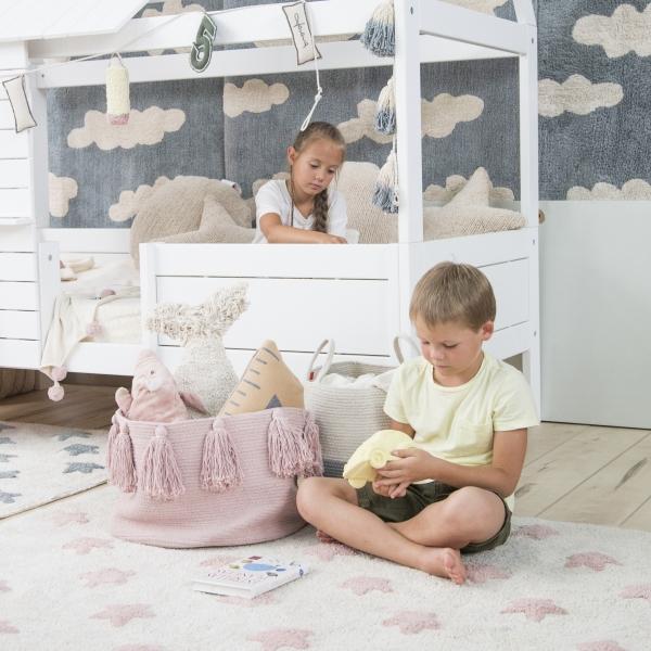 C VS NVN 12 600x600 - Dywan do pokoju dziecka różowe gwiazdki