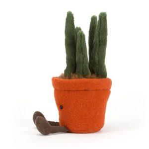 maskotka w kształcie rośliny yuka