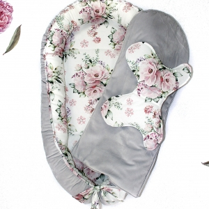 Gniazdko niemowlęce szare w kwiaty