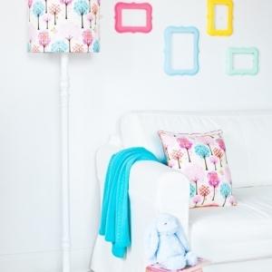 2278 20141021 dsc 1481 2 300x300 - Lampa podłogowa do pokoju dziecka drzewka