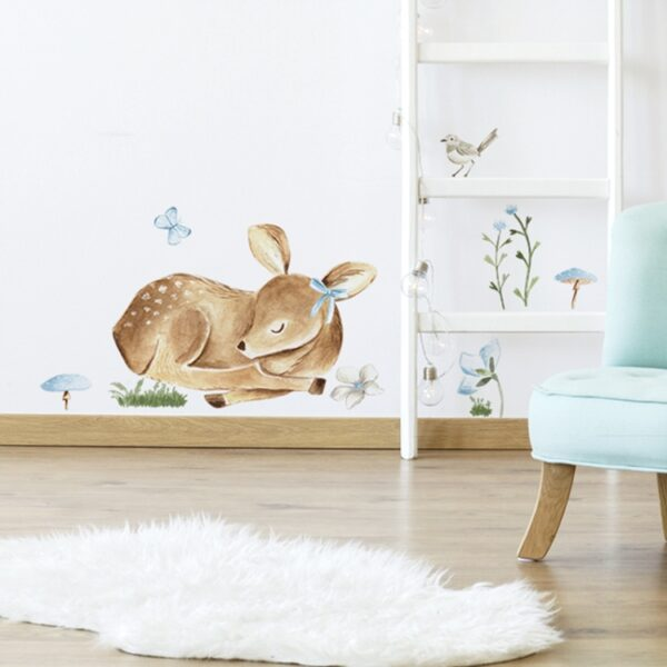naklejka na ścianę do pokoju dziecka śpiący jelonek
