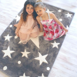 dywan dziecięcy szary w gwiazdy
