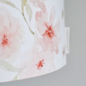 Lampa wisząca w kwiaty