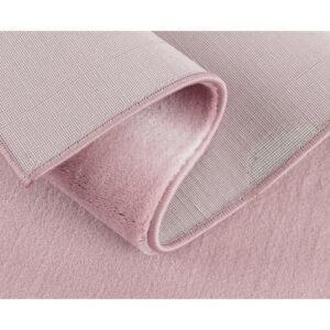 Różowy dywan do pokoju dziecka