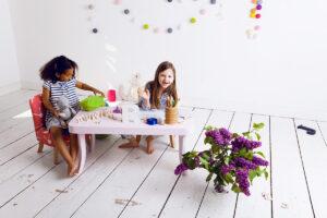 IMG 6491 300x200 - Stoliczek do pokoju dziecka