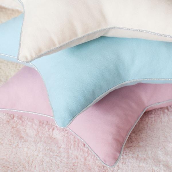 Poduszka w kształcie gwiazdki różowa