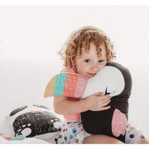 bizzi growin tukan poduszka przytulanka 3 300x300 - Poduszka przytulanka tukan