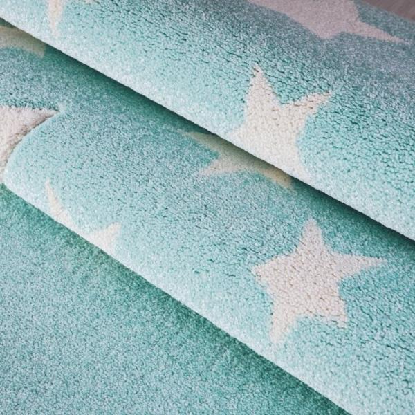 Miętowy dywan dziecięcy w gwiazdki