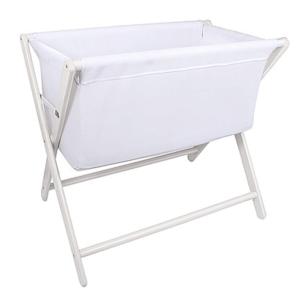 Nagrodzonedostawne łóżeczko dla niemowlęcia marki Little Chick London jest zarówno stylowym, jak i praktycznym rozwiązaniem pierwszego łóżeczkadla Noworodka