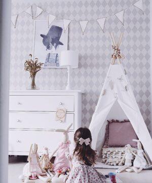 Lampa stojąca do pokoju dziecka biała