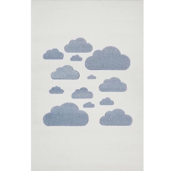 Dywan dla dzieci w niebieskie chmurki