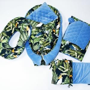 DSC08223 2 300x300 - Płaska poduszeczka tropikalna