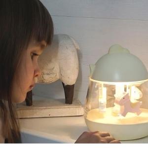 Lampka z pozytywką kurczak różowa