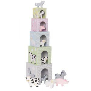 Piramida wieża ze zwierzątkami