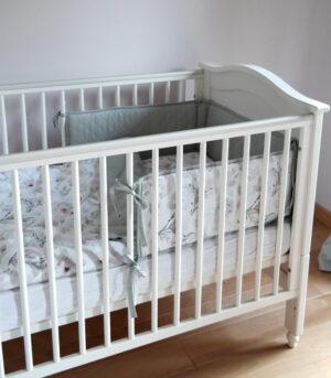 Ochraniacz do łóżeczka magnolia
