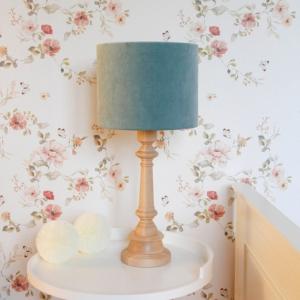 Lampa na stolik velvet mint