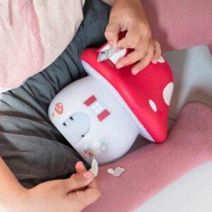 Lampka dla dzieci grzybkowy domek