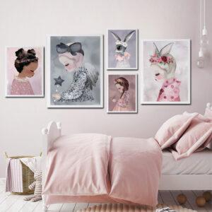 C7A6A8E3 50B7 4C0E 8473 2145C43D1CAA 300x300 - Plakat na ścianę dziewczynka Milja