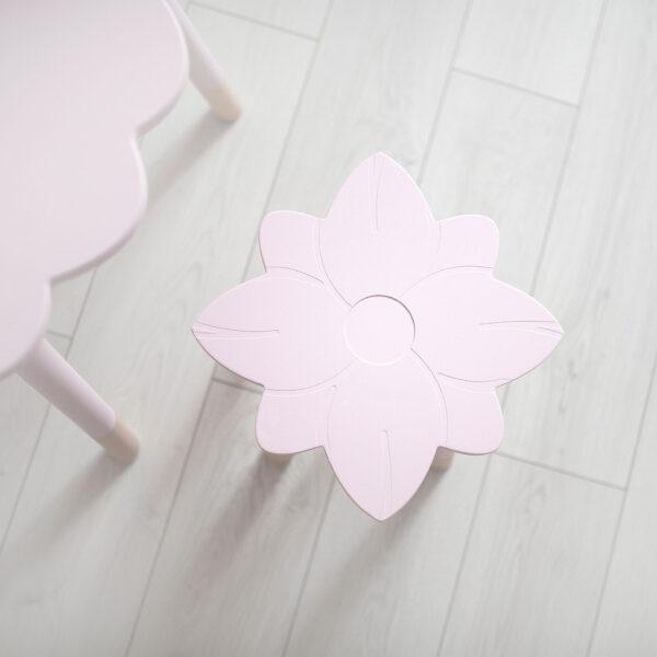 Taboret dla dziecka kwiatuszek