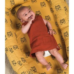 Kokon dla niemowlaka Tiger Mustard