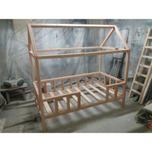 Łóżko domek modrzew 180x80